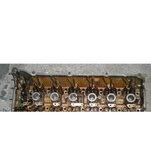 供应宝马328i  E39缸盖.汽车配件,拆车件