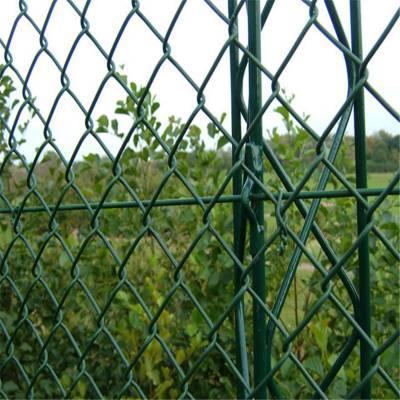 旺来体育护栏网多少钱 球场隔离栅 包塑勾花网规格