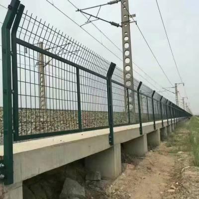 洛阳公路隔离护栏网供货厂家-1.8*3米高工厂防护隔离栅