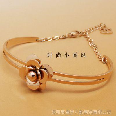 玫瑰金手镯 新款山茶花钛钢手环 韩国饰品微信淘宝一件代发