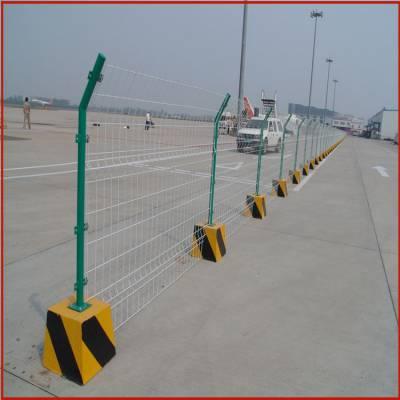 护栏网厂家批发,鱼塘护栏网,汕尾铁丝网围墙