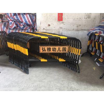 马道路划线(lyd-01) 惠州怀集珠海江门车库停车场划线,珠海叁兄镀锌铁马护栏厂家