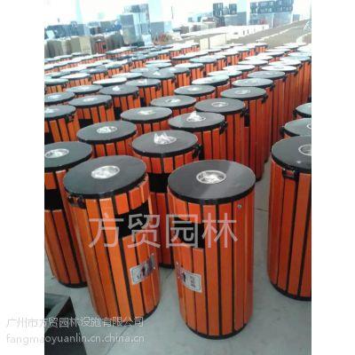行业品牌方贸园林设施供应全国各地木质方形环卫垃圾桶