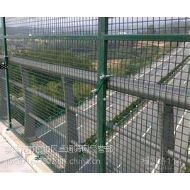 四川攀枝花厂家直销1*3米的Q235多色喷塑公路防抛型护栏,多种规格可加工定做!