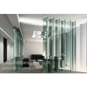 供应漕河泾办公室装修商业写字楼玻璃隔墙隔断实木复合地板装修