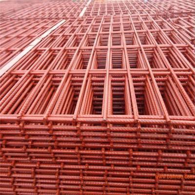 内蒙菱形孔涂红漆钢笆片厂家 建筑踩踏板工地围栏 2016产品价格