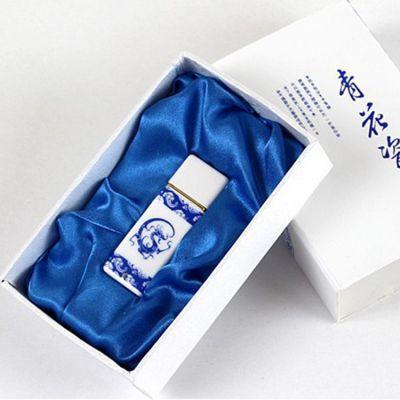 伊锐思经典中国结青花瓷16G优盘