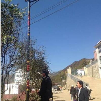 西宁5米6米太阳能路灯厂家价格哪里买【1415元】