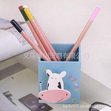 供应义乌小商品动物木制笔筒(蓝底奶牛)