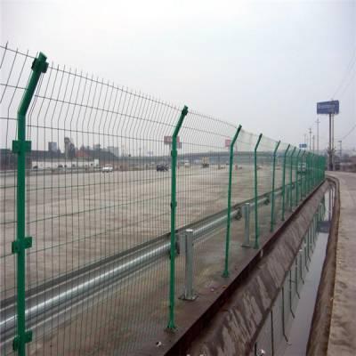 双边丝隔离栅 1.8米x3米双边丝护栏网 万泰护栏网产品生产