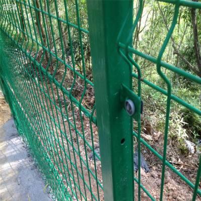 厂区围栏网 防护栏哪里有卖 体育场围栏厂家