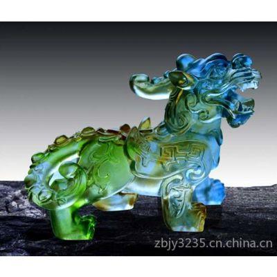 供应上海琉璃工艺品制作,琉璃奖杯厂家制作,琉璃饰品摆件定做