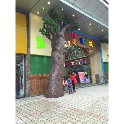 佛山名图玻璃钢仿生植物松树雕塑 商业场所摆设