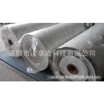 两种卷筒面材料涂胶对裱粘合在一起加工平整不起皱褶