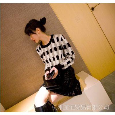 【YESWOMEN】小宜定制 2014秋冬新款女装 不规则格子长袖毛衣