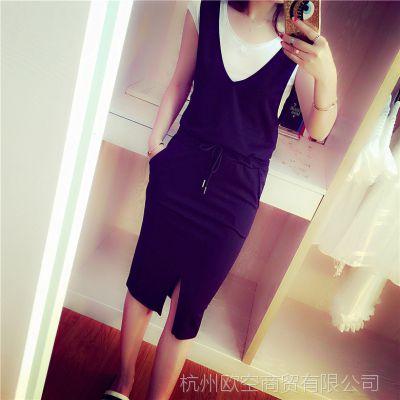 小q小Q 2015夏装新款 休闲有范 大V领系带口袋前开叉背带连衣裙女
