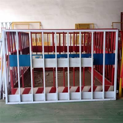 养殖勾花网 工厂护栏生产厂家 内置防护栏