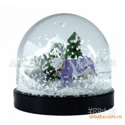 供应水晶玻璃雪花水球,卡通亚克力水球,带灯光和音乐旋转水球