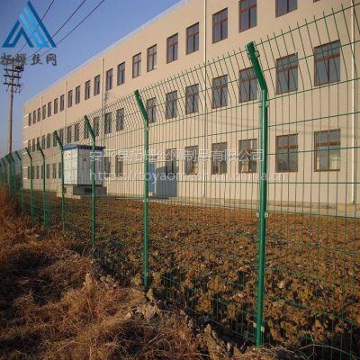 铁丝网圈地护栏网多少钱一米_双边丝护栏生产厂家 报价