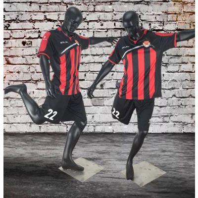 出售踢足球款式的模特道具
