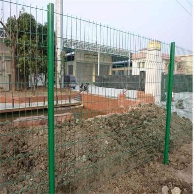 球场护栏网厂家 厂区围栏网 防护栏怎样