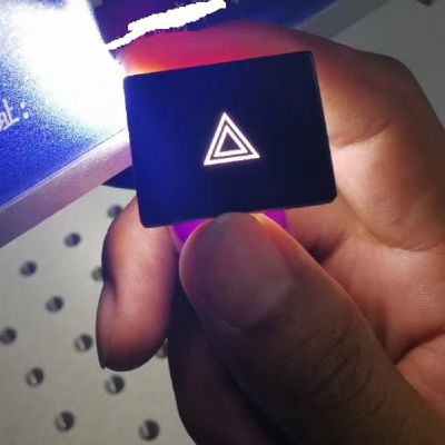 打标机厂家推荐激光镭雕机塑胶按键剥漆打标