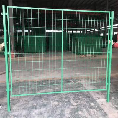 铁丝围栏网 球场围栏网生产厂家 哪里有卖护栏网的
