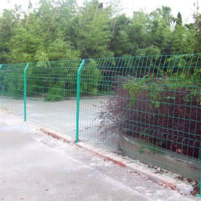 场地围栏 防护栏多钱 定制护栏网