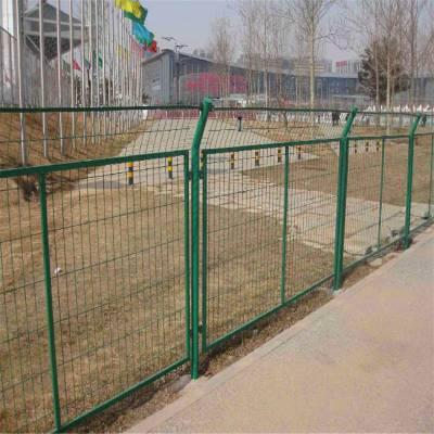 场地护栏网 铁丝防护网 围墙铁丝网