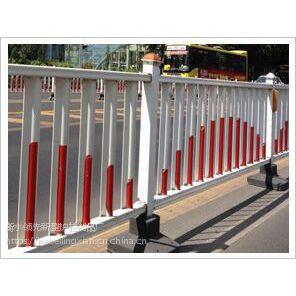 道路护栏A河南锌钢道路护栏生产厂家@河北领先