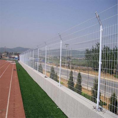 绿色1.8*3米一片公路护栏网铁丝网 广元公路护栏网厂家直销