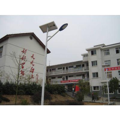 新疆一体太阳能路灯厂家