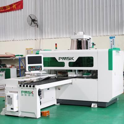 济南双工序(加排钻)数控开料机有哪些规模大的生产厂家