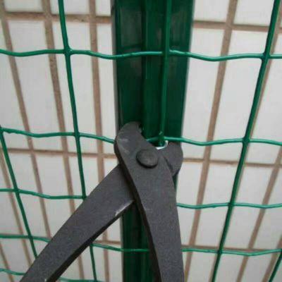 2*30米养殖铁丝网A圈地围网厂家A浸塑养殖铁网围栏新价格