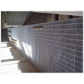 钢格板护栏@辛集钢格板护栏@钢格板护栏生产厂家