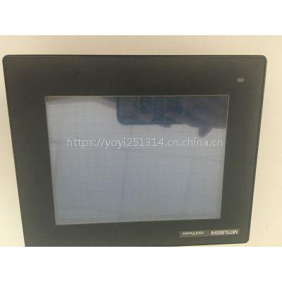 维修三菱FCA E60系统显示屏黑屏白屏蓝屏高压条坏