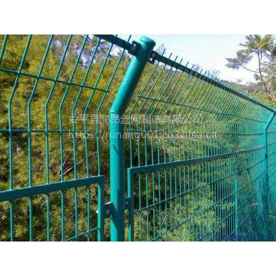 框架护栏网、小区围栏网、养殖场隔离网、浸塑铁丝网、1.8*3m、多种丝径规格现货直销