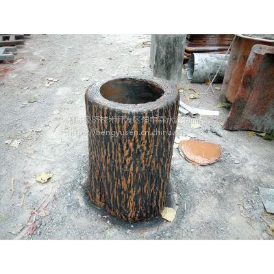 代替树木的水泥仿木花箱、垃圾桶,仿木栏杆,市政工程保护环境禁止砍伐。