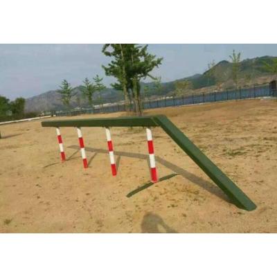 冀跃体育供应部队300百米障碍器材 400米障碍 军用单双杠 部队拓展训练器材 跳马