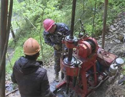 地质勘探深度-威龙钻井(在线咨询)-澄江地质勘探