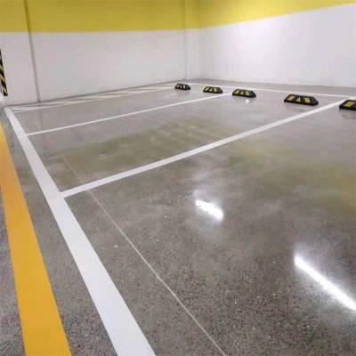 地砖和水泥自流平做个比较环氧自流平停车设备交通设施环氧薄涂环氧砂浆地坪