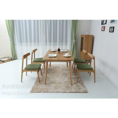 软装北欧餐厅成套桌椅刺绣背景墙手绘护墙板leqifei.com