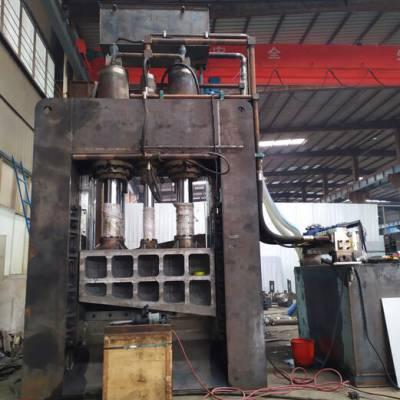 广西贵港400吨龙门剪1.4米刀口6米料箱液压压料两台电机价格28万元