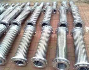 衡水鑫驰现货-电气法兰金属软管尺寸-黑龙江电气法兰金属软管