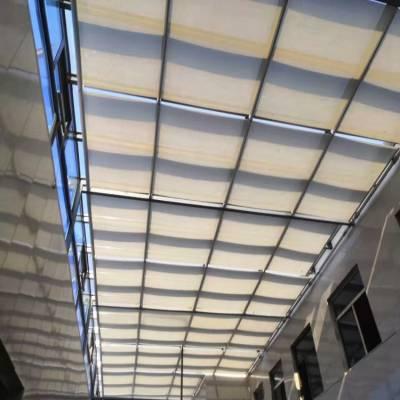 商场室内天棚帘设计室内室内电动折叠天棚帘体育馆室内电动遮阳帘厂家