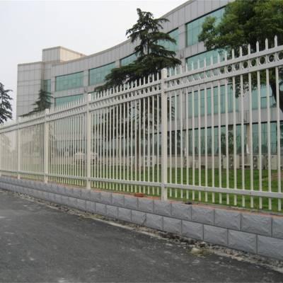 焦作沁阳厂家直销围墙护栏铁艺栅栏工厂学校院墙护栏锌钢护栏