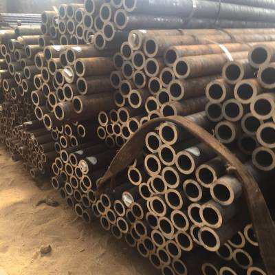 无缝钢管厂家直销规格齐全 大量库存