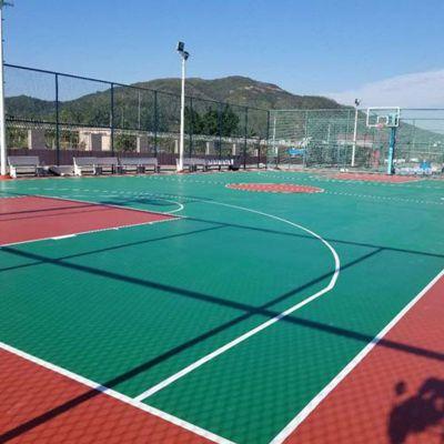 广东篮球场地坪漆建设 德朝体育丙烯酸篮球场施工标准 批发球场材料