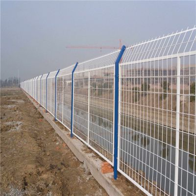 桃型柱护栏网多少钱 不锈钢河道围栏 车间仓库隔离网