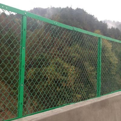 批发运动场浸塑隔离栅网片围栏网 学校操场绿色防护浸塑护栏网